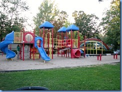 7755 Lundy's Lane - Niagara Falls KOA - walk through campground