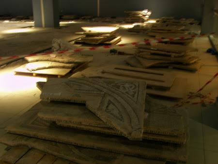 Obiective turistice Anatolia: teancuri de mozaic la muzeul Zeugma