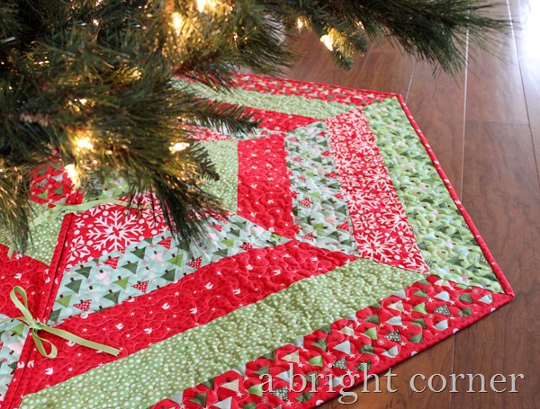 Holly Jolly Tree Skirt