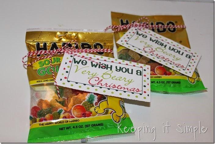 Neighbor gift idea- Sour gummy bears with printable tag (7)