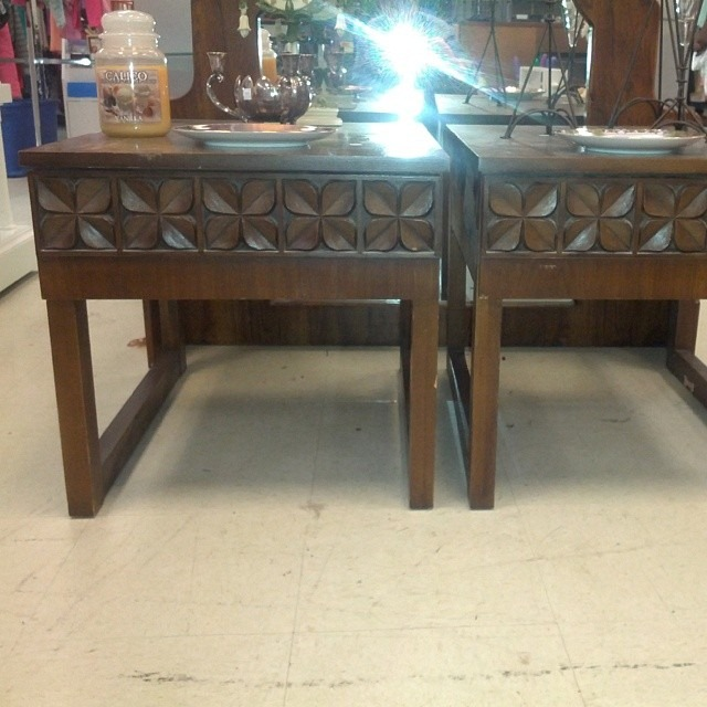 tsfinds clover carved end tables