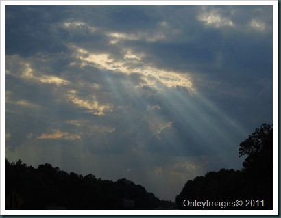 sunlight thru cloudsNC 911 (8)