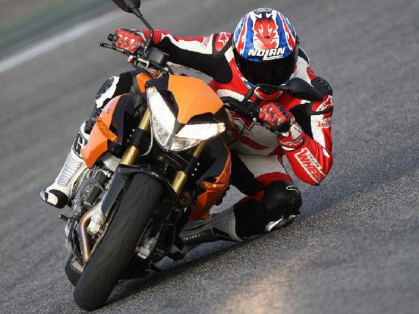 motociclismo-poli-00015.jpg