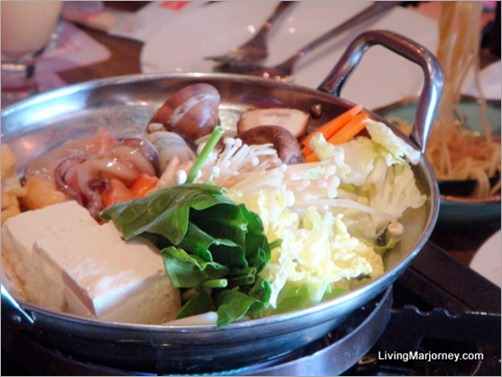 Watami: Korean-style Spicy Miso Hotpot at only P355