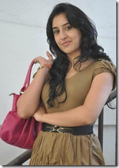 actress_deekshi_stylish_stills