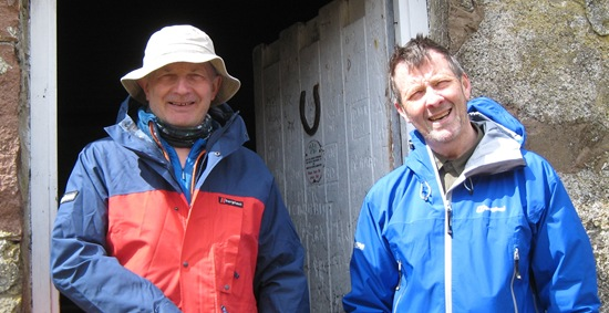 Sandy & Andy: Lairig Leacach bothy