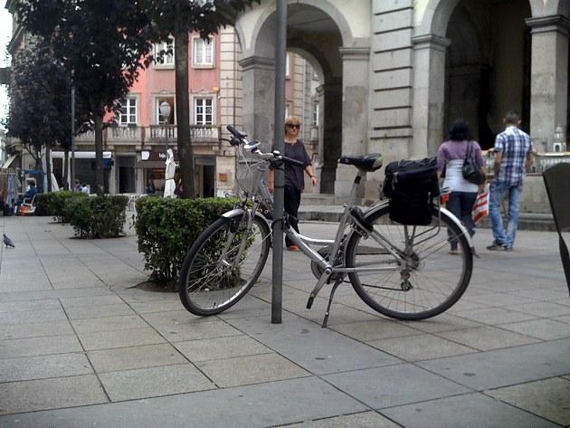 Estacionamento bici 008