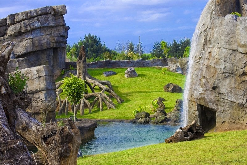 Information Hub Of Besties, National Geographic, Wonders of the World, Bora B...