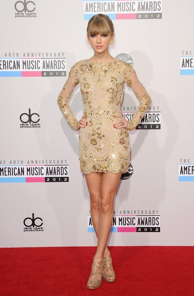 Taylor Swift 40th American Music Awards Arrivals