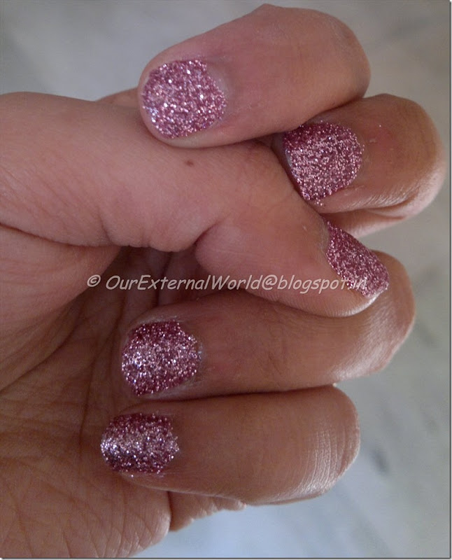 Nnails-light-purple-glitter-nail-art4