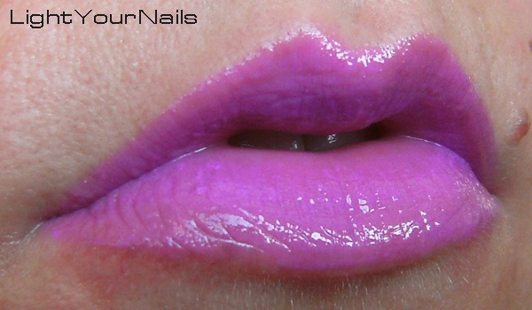 Shaka Full Color Gloss Downtown Girl