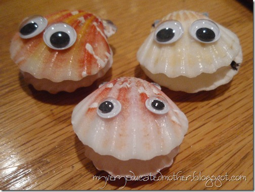 Seashells with googly eyes