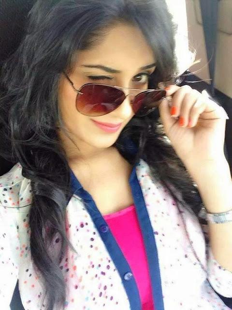 Beautiful Stylish Girl Image