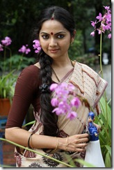 samvrutha sunil_cute_pic_in_saree1