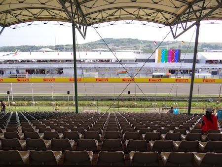 03. Tribuna Gold Hungaroring.JPG