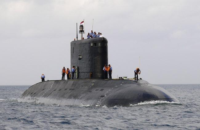 Indian Navy s Kilo-Class Submarine  INS Sindhuvijay  Photographs    Indian Navy Submarine