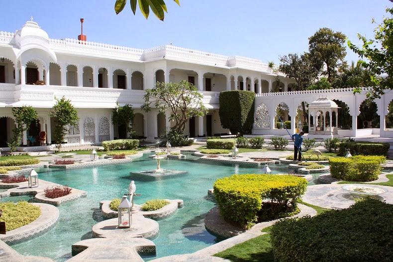 قصر «تاج» العائم في أودايبور lake-palace-2%5B6%
