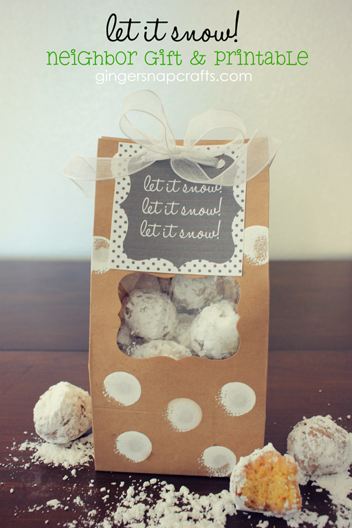 Let it Snow! Neighbor Gift Idea at GingerSnapCrafts.com #Christmas #brownpaperpackages #printable