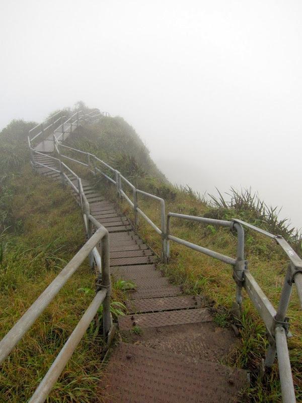 haiku-stairs-7