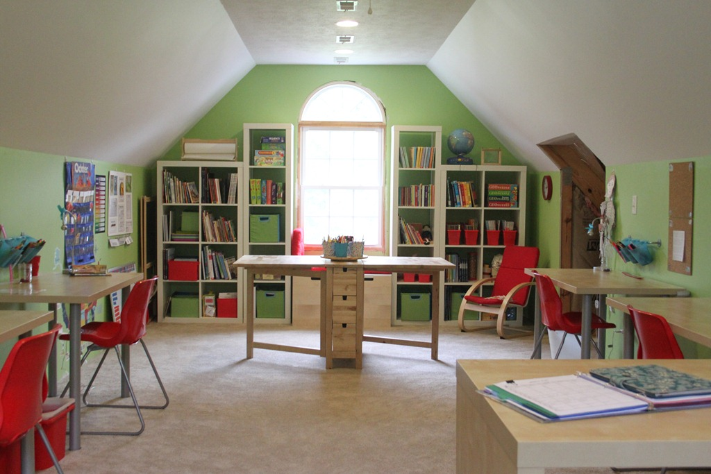 Versatile and bright school room | Back to School: Coolest Learning Spaces