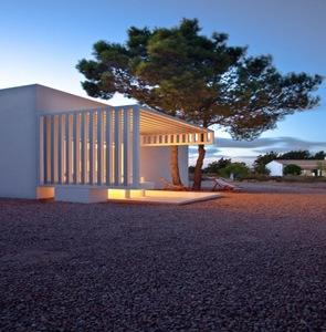 fachada-casa-moderna-en-formentera