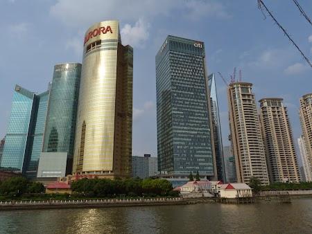 06. Zgarie nori in Shanghai.JPG