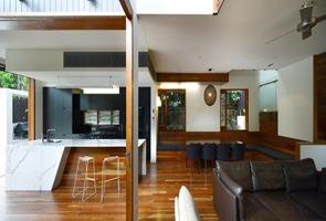 revestimiento suelo de madera casa moderna