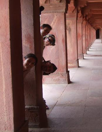 Obiective turistice Fatehpur Sikri: de-a v-ati ascunselea