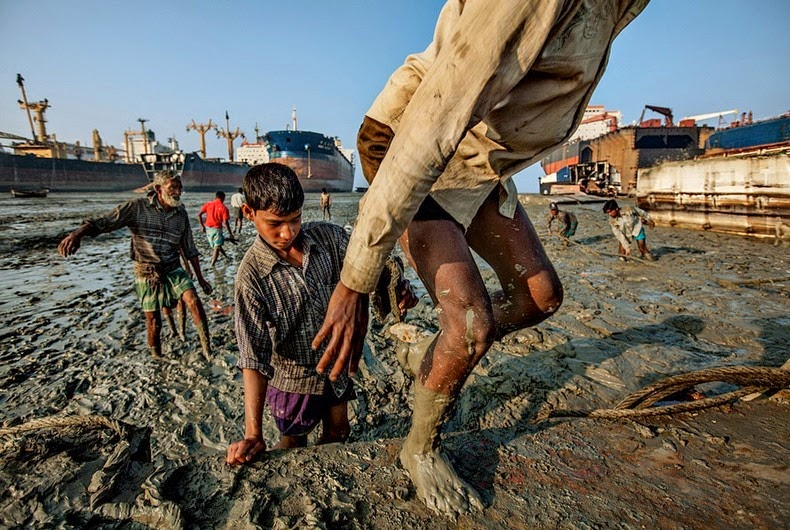 chittagong-ship-breaking-yard-15