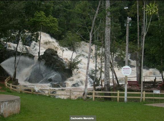 Cachoeira Mercurio. Colider (Mato Grosso, Brésil), 20 juillet 2010. Photo : Cidinha Rissi