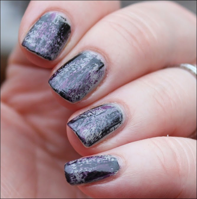 Grunge Nail Art Nageldesign Distressed Nails 01
