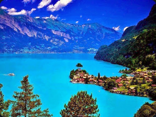 Lake-Brienz-Switzerland-620x465
