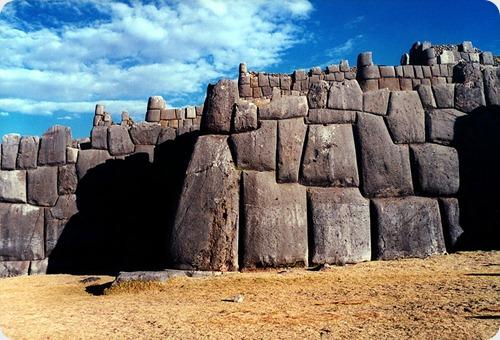 Sacsahuaman_wall3