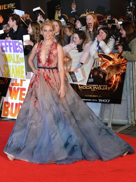 Elizabeth Banks Hunger Games Mockingjay1
