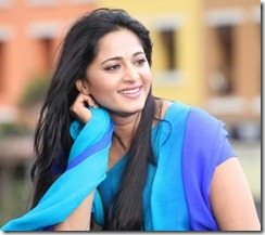 Actress Anushka Shetty in Mirchi Images