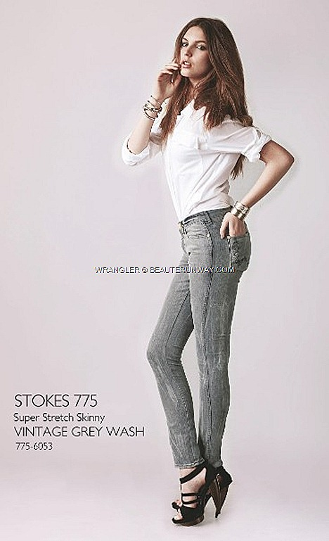 WRANGLER vintage Jeans skinny slim cut super stretch denims ladies grey wash stroke  ION ORCHARD SINGAPORE