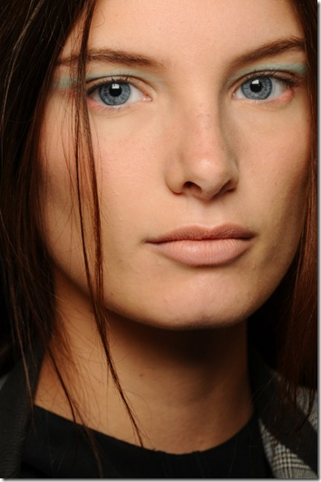 nars-creatures-of-the-wind-runwayshow-model 2-09122011
