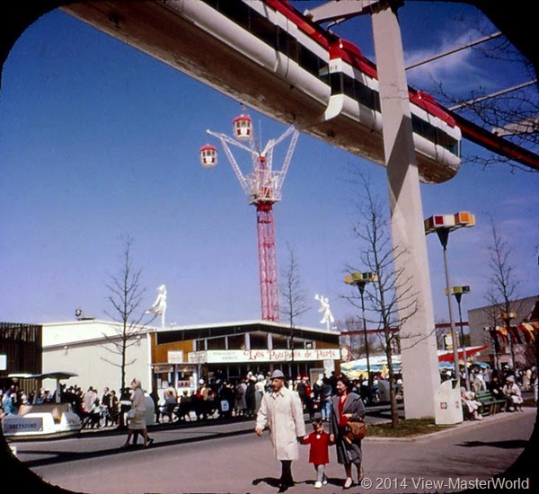 View-Master New York World's Fair 1964-1965 (A671),Scene 14 Monorail in the Lake Amusement Area
