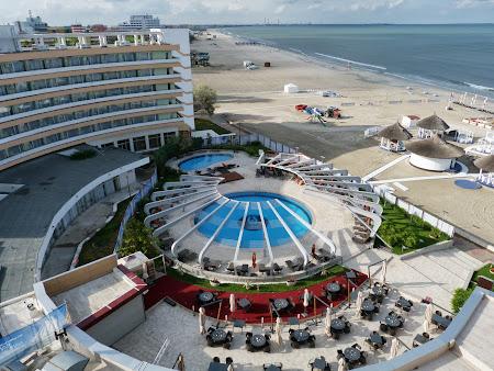 Cazare Litoral: Piscina Hotel Vega