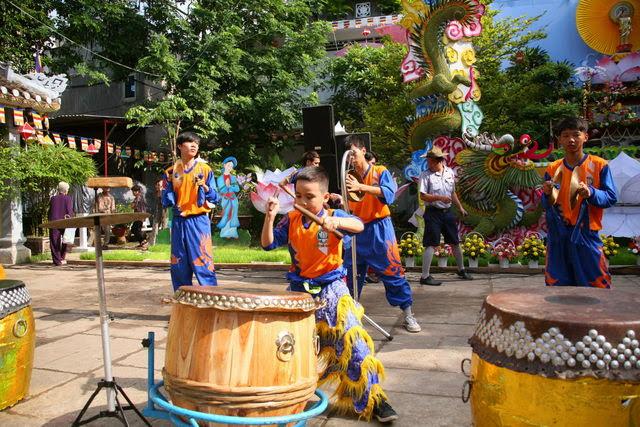 IMG 1917 Đại lễ Phật đản PL 2557 tại Tu viện Quảng Hương Già Lam