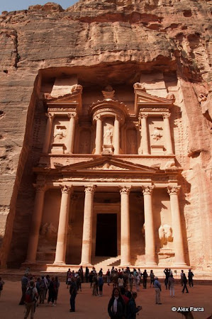 Vacanta 2013 Iordania: cladirea Tezaurului din Petra