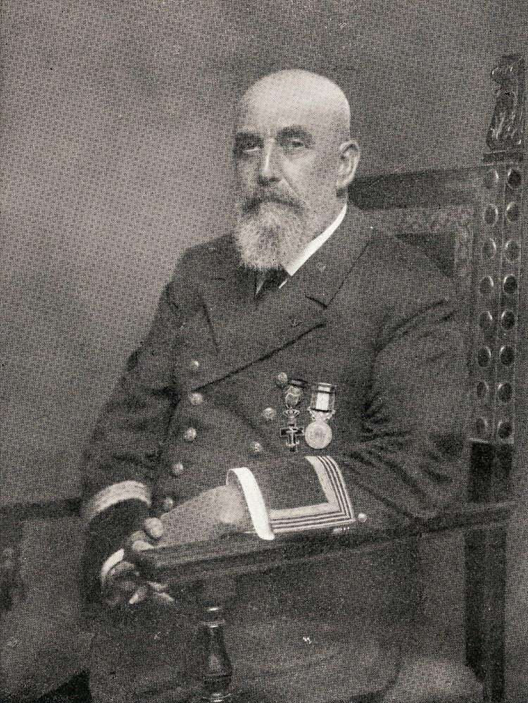 Don Miguel Antich Company. Del libro Los Marinos de Baleares en la Compañia Trasatlantica. (1.872-1.944)..JPG