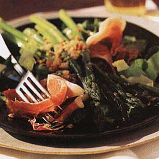 Asparagus and Serrano Ham Salad with Toasted Almonds