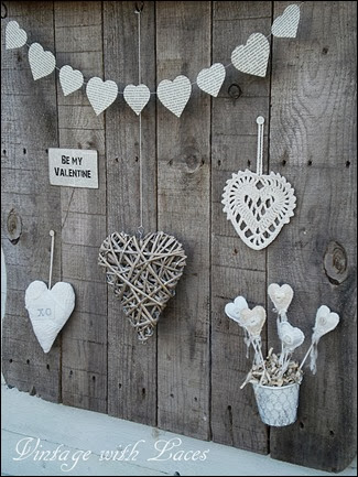 Pallet Wood Shelf with Hearts