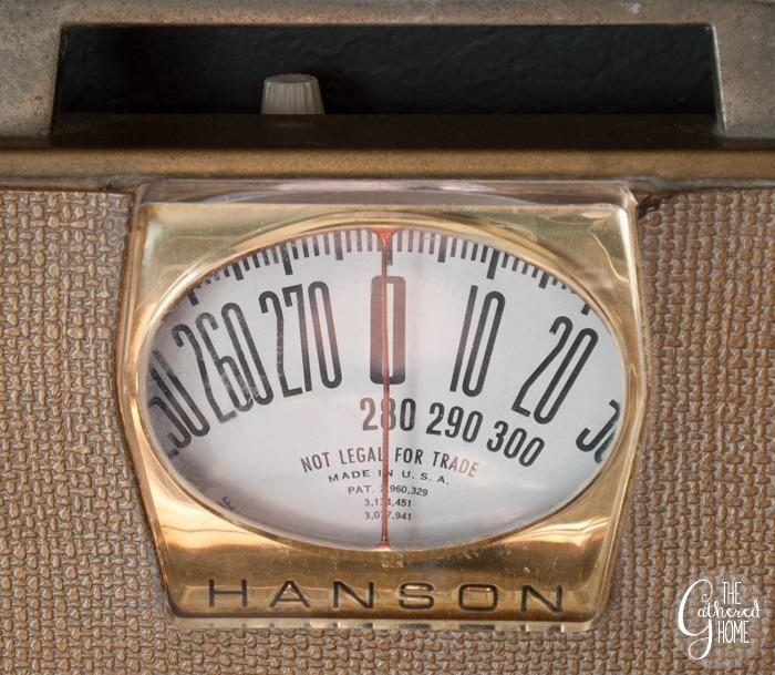 thriftscorethursday vintage scale3