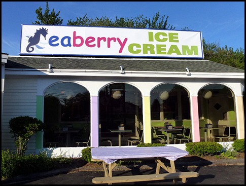04b4 - After Dinner walk - Seaberry Ice Cream