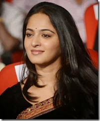 Anushka_shetty_cute_photo1