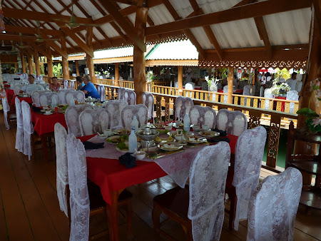Atractii Thailanda: restaurant Phang Nga