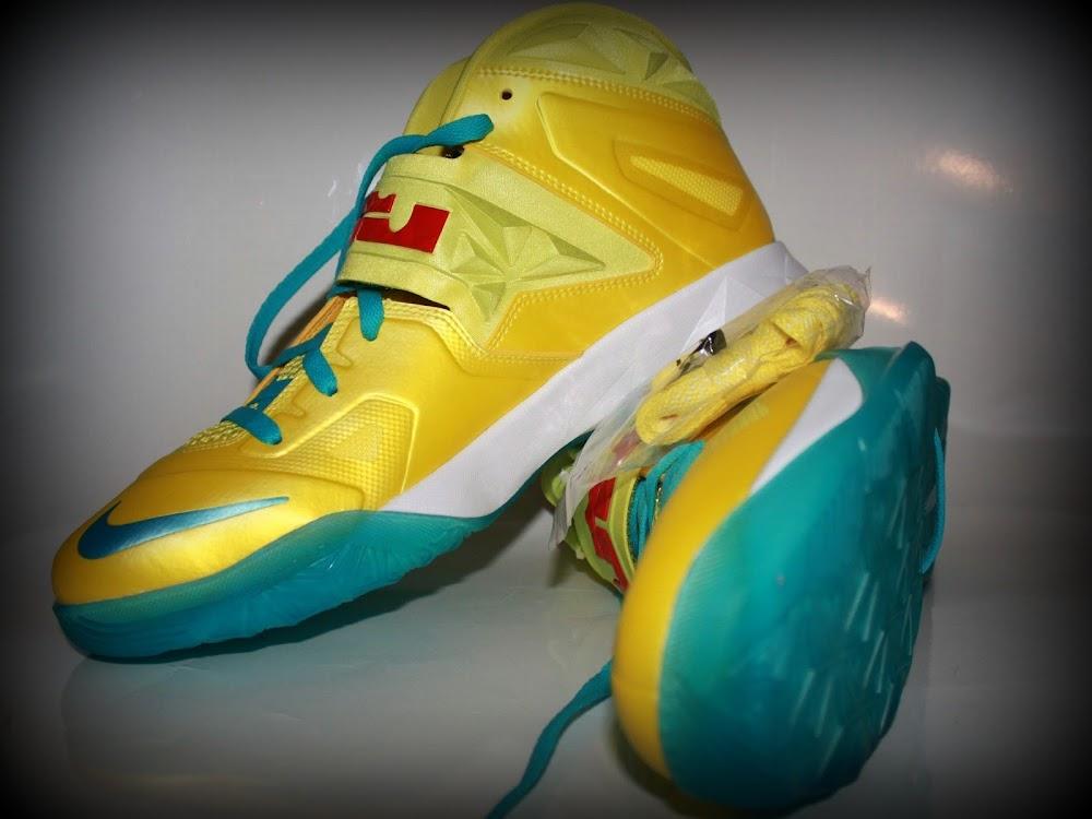 ... Nike Zoom Soldier VII 8211 Sonic Yellow Blue Gamma 8211 Sample ... 38fbc1607fc9