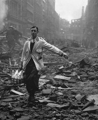 Bill Brandt - London Blitz - 1940